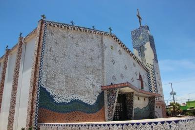 La iglesia de Cañas with mosaic laid tile.