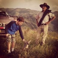 On our way down the mountain we met this great Quechua gentleman and his pet Pudú. That is the world's smallest deer.
