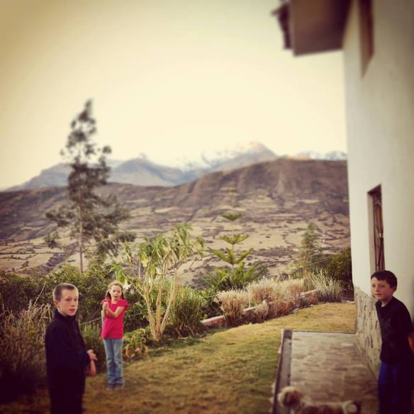 I stole this picture from a new friend's Facebook page.  They are missionaries living further north in Peru, and they came here to see what is going on in Curahuasi.   It was nice getting to know them and to see what God is doing in other parts of Peru.