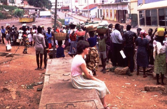 Ghana 1983: Medical student Martina John observing the people taking the bus.