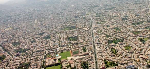 Lima_Luftaufnahme-slider-900x413
